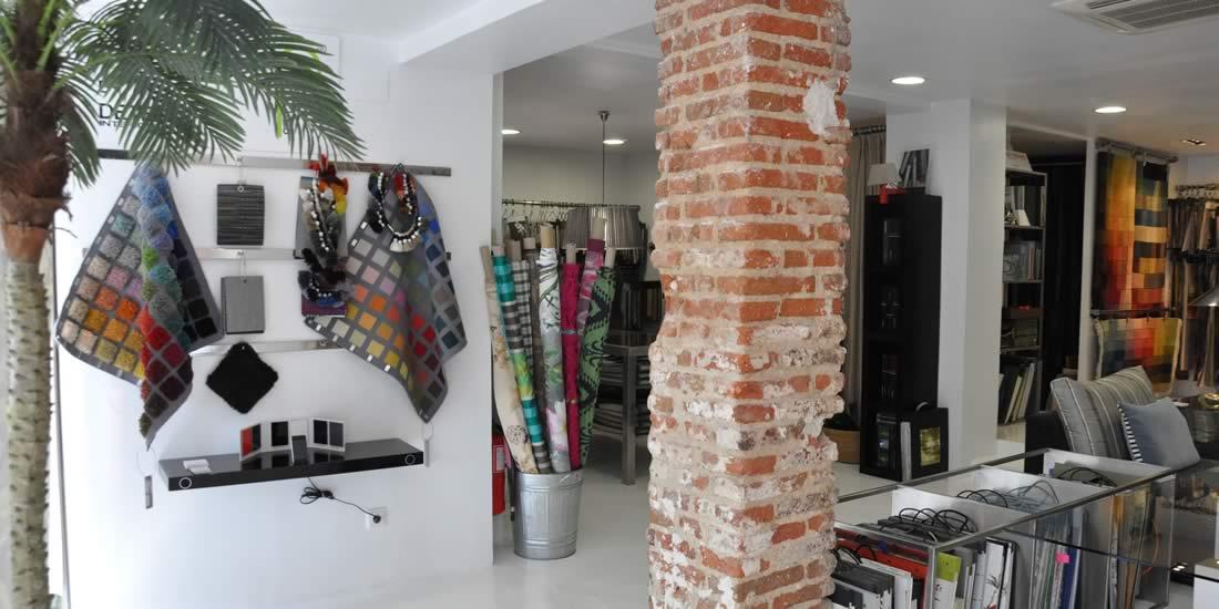 foto del interior de la tienda detela, tienda de decoracion